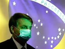 """Malgré près de 100.000 morts du Covid au Brésil, Bolsonaro a la """"conscience tranquille"""""""