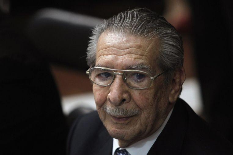 Ex-dictator Ríos Montt werd berecht voor genocide in Guatemala. Hij zit wegens dementie op dit moment geen straf uit. Beeld reuters