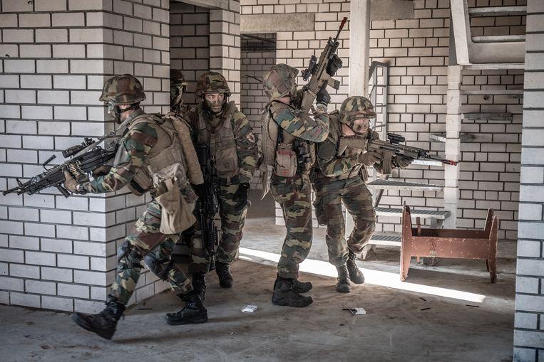 Infanterie Belgische leger tijden NAVO-missie in Litouwen. Beeld © Bart Leye