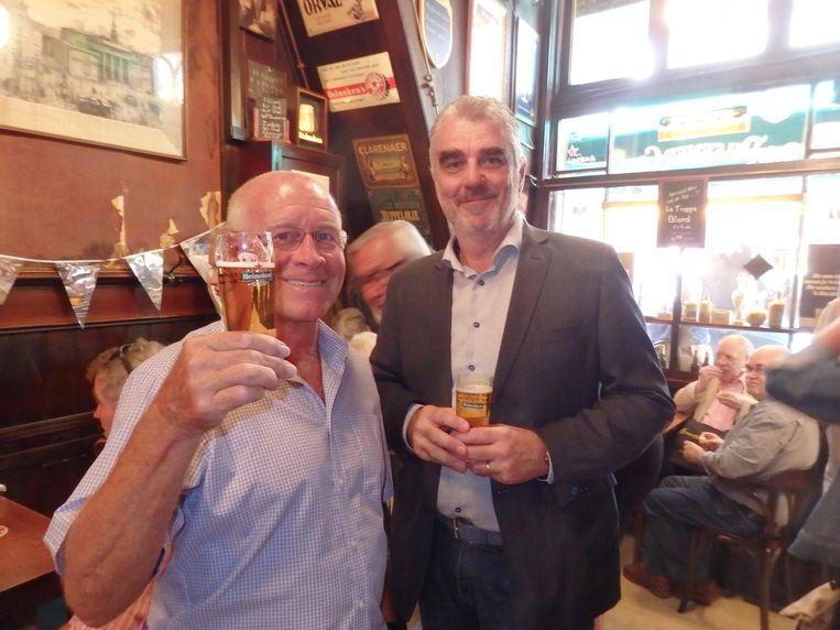 Paul van Daalen (voorheen Heineken): 'Het bruine café zal nooit uitsterven.' René van den Broek (Heineken): 'Nou, als ik zo eens om me heen kijk...' Beeld Schuim