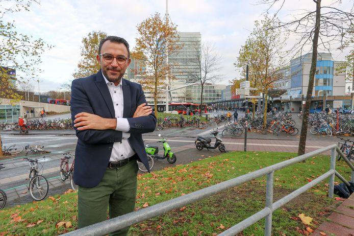 PvdA-wethouder Yasin Torunoglu