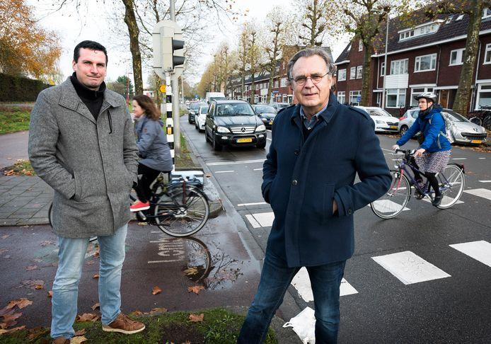Camiel Swildens (r) en Jan Murk van het buurtcomité BKW