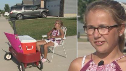 Buren bellen politie omdat meisje (10) zelfgemaakte koekjes verkoopt op straat