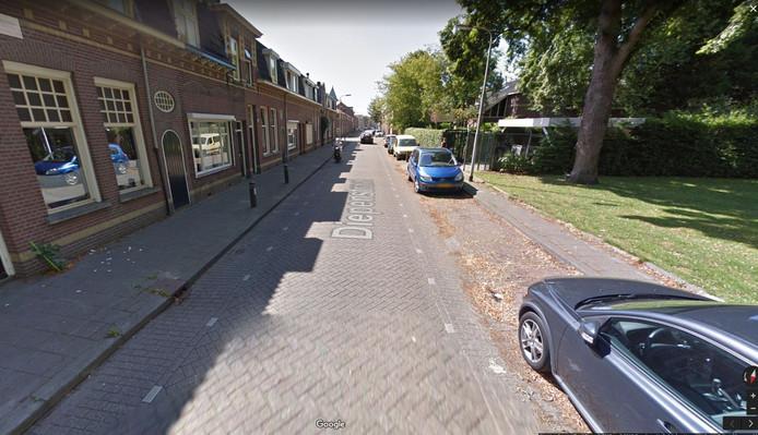 De Diepenstraat in Tilburg wordt mogelijk geasfalteerd.