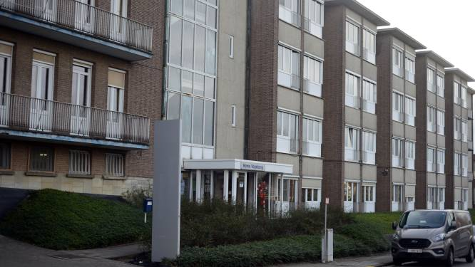 "Nog vijf bewoners van Home Vogelzang besmet met Britse coronavariant: ""Ook gevallen op andere verdieping"""