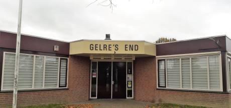 Kink in de kabel bij verbouwing Gelre's End op Molendijk Hedel; plannen brengen waterveiligheid in gevaar