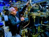 'Dieselgekkie' Peter (72) kan zijn museum al een jaar aan niemand laten zien: 'Die lucht! Man, dat is heerlijk'