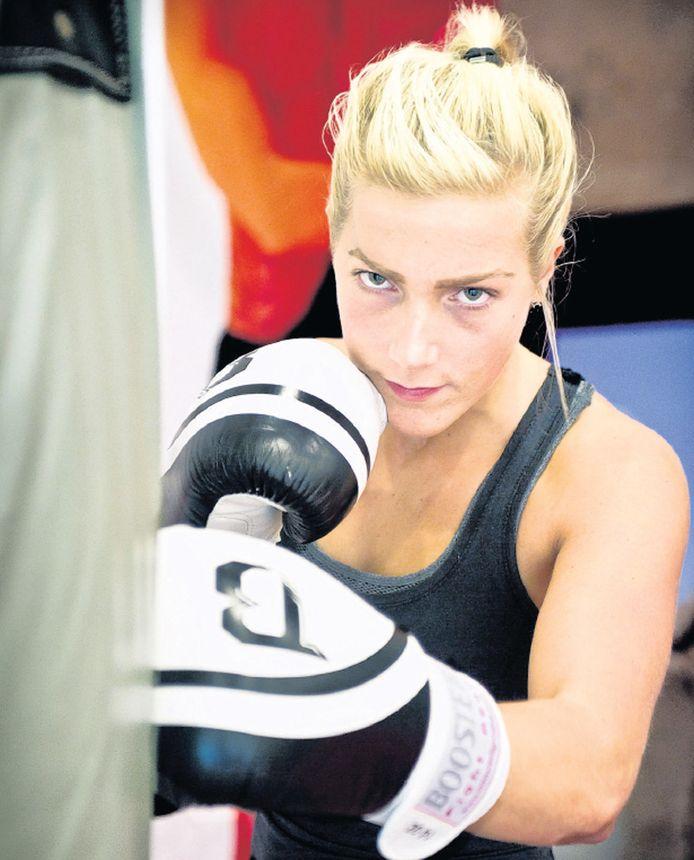 De stroom aan negatieve reacties zorgden ervoor dat Larissa Bieringa niet meedoet aan de voorselectie voor de commando's.