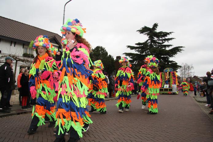 Wasstraatloopgroep in Weurt.