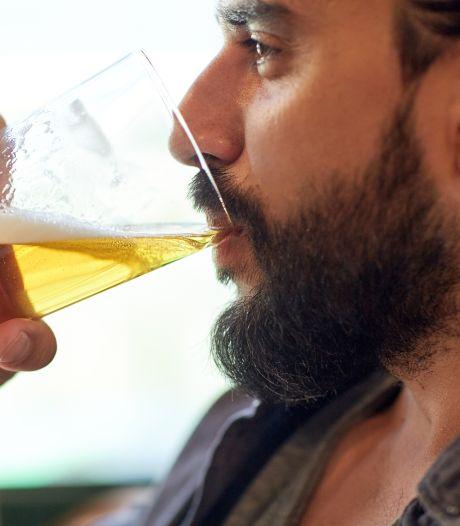 Krijgen mannen borsten van bier, of is dat een spookverhaal?