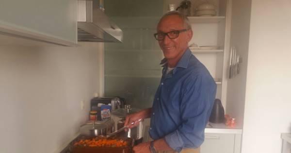 Rotterdammer kookt voor buren in flat nu lift niet werkt ...