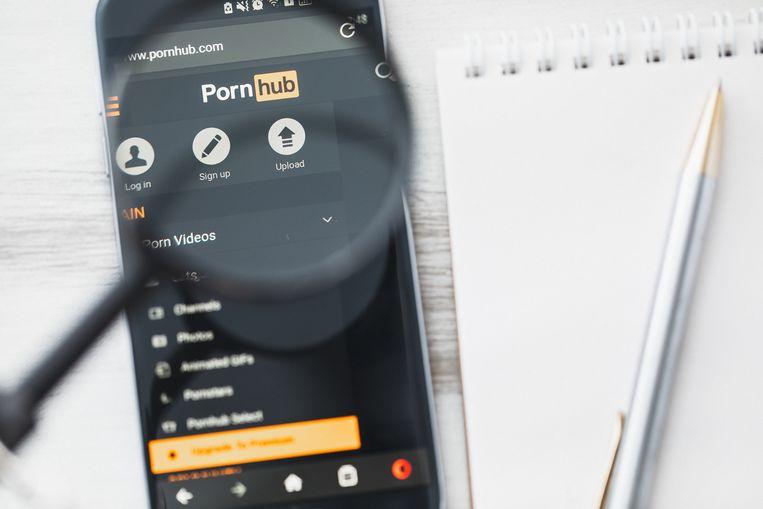 Het nepfilmpje met 'Dionne' stond op de website Pornhub. Beeld Shutterstock