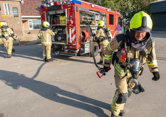 Brandweeroefening in Oosterland.