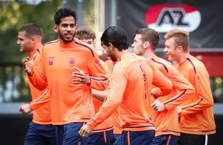 De Antwerpspelers trainen in het stadion van Twente. Beeld BELGA