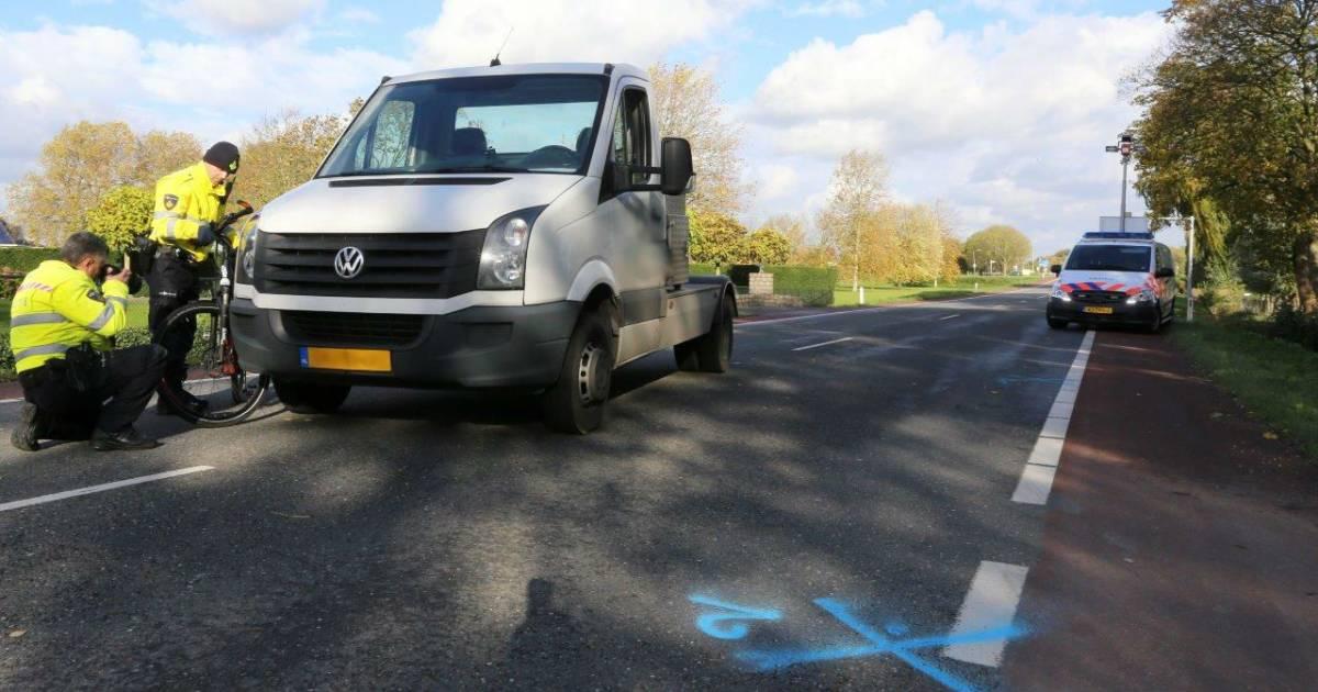 Fietser overleden bij ongeluk met vrachtwagen in Kerkdriel.