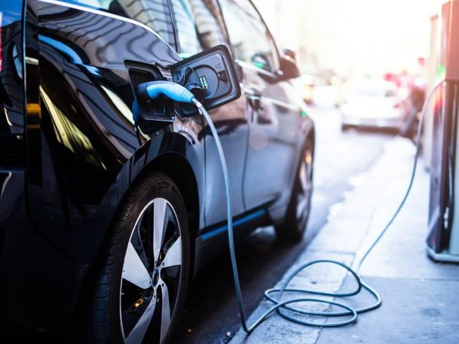 Diesels dalen pijlsnel, tweedehands en elektrische wagens vliegen de deur uit: dit zijn alle cijfers en de meest verkochte modellen op de markt