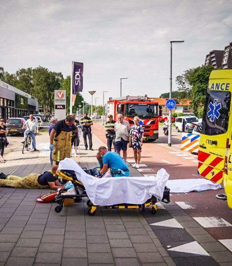 Fietsster zwaargewond bij botsing met bestelbus in Eindhoven