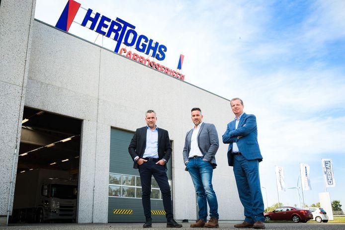 Stijn en Roel Hertoggs en Arjan Akkermans voor het bedrijf in Roosendaal.