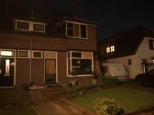 Bom ontploft in Deventer: ruiten van 20 woningen exploderen door drukgolf