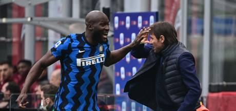 Lukaku snoert Zlatan de mond: Inter deelt Milan stevige tik uit in titelstrijd