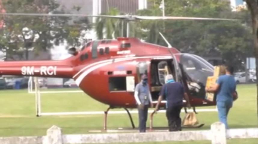 De betreffende helikopter.