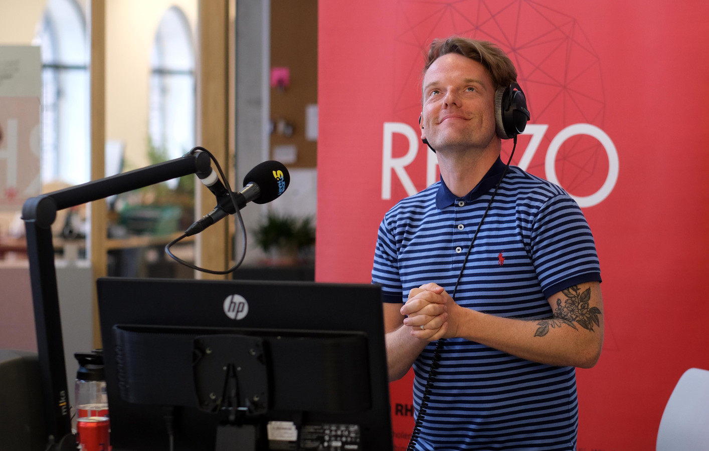 Presentator Tom Decock.