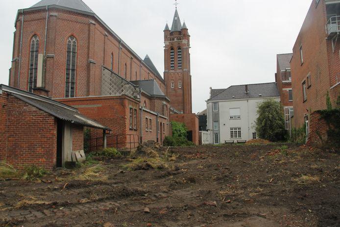 De plaats waar de nieuwe scanafdeling van de Sint-Jozefskliniek in Izegem komt.