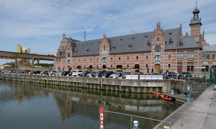 De zwemzone aan het Keerdok in Mechelen opent op donderdag 22 juli feestelijk de deuren