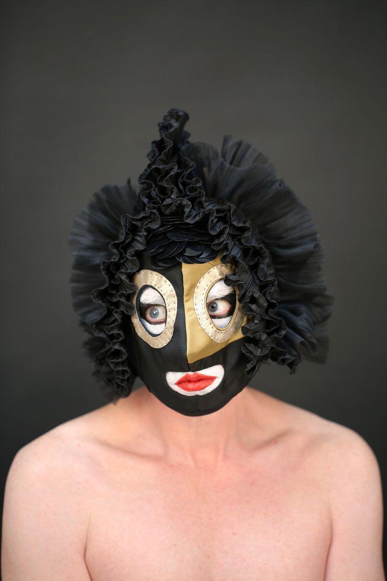 Uit de fotoserie Quarantaine Craft Masks, met maskers van Died. Beeld Bright White Studio