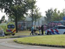 Scooterrijder gewond naar ziekenhuis na botsing met auto in Amersfoort