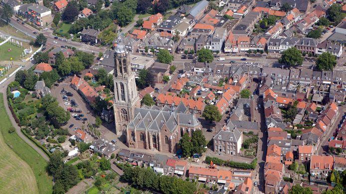 De benedenstad van Rhenen rondom de Cunerakerk heeft al jaren een parkeerprobleem.