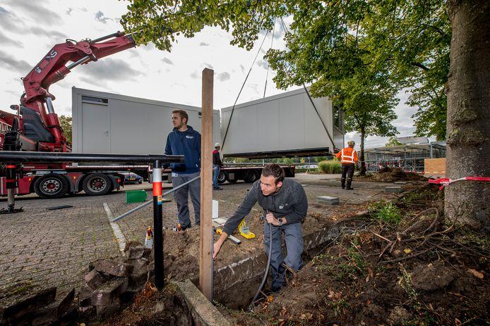 De coronateststraat van de GGD op het terrein van Ziekenhuis Rivierenlandwerd ongeveer een jaar geleden aangelegd.