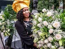 Vijf kransen in Tilburg ter herdenking afschaffing slavernij