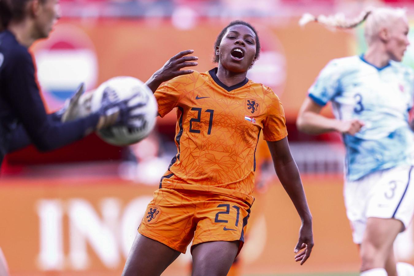 Lineth Beerensteyn (ex-ADO): 'We hebben bewezen dat we echte  toernooivoetbalsters zijn'   Foto   AD.nl