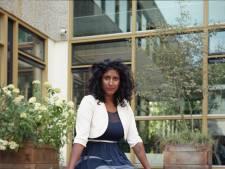 Sandra (37) had bijna een ton schuld, nu vecht ze tegen de schaamte: 'Het kan iedereen overkomen'