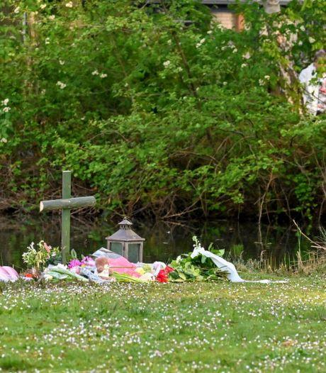 Dramatische vondst babylijkje in Wernhout grijpt ook politiemensen aan, tientallen mensen leggen bloemen
