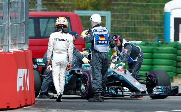 Lewis Hamilton r