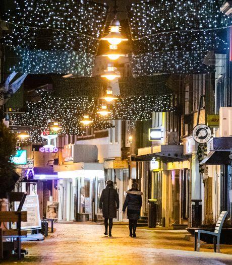 Zoveel boetes uitgedeeld in de Hoeksche Waard voor schenden coronaregels: 'Vooral overtreding avondklok'