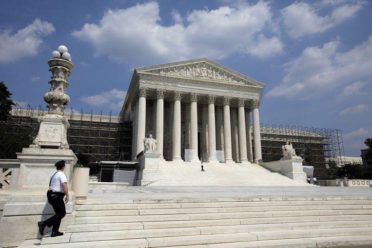 Het gebouw van het Supreme Court in Washington, dat op dit moment gedeeltelijk in de steigers staat. Beeld ap