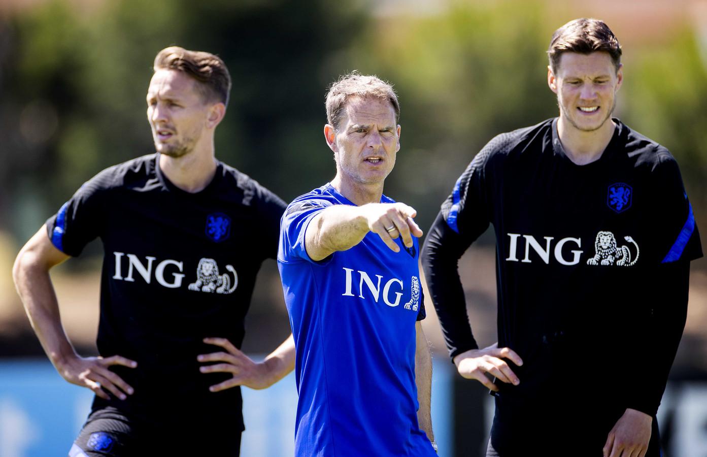 Luuk de Jong, Frank de Boer en Wout Weghorst.