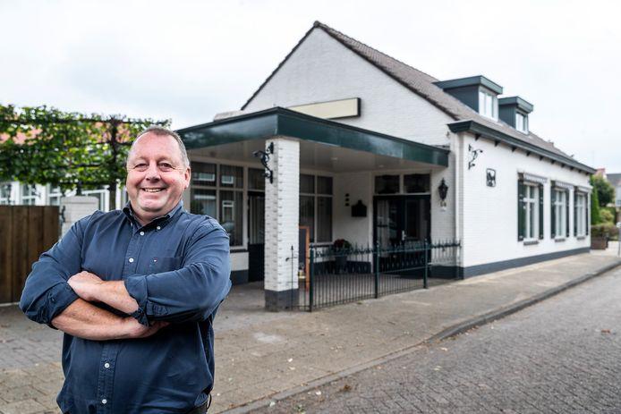 Robert de Leeuw is de nieuwe eigenaar van Het Wapen van Bladel. Dit wordt onder de nieuwe naam Het Buurthuis Bladel heropend.