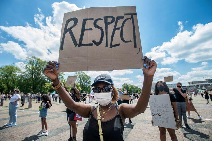 BREDA - Demonstratie tegen racisme op het Chasséveld.