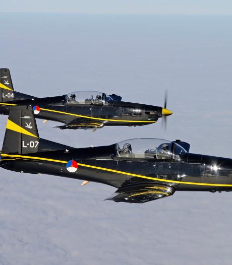 Leren over onderhoud F-35 straaljager op vliegbasis Woensdrecht