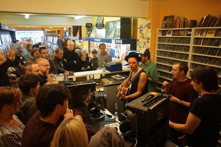 Onder meer The Van Jets (foto) en Marcus King Band gaven al een intiem optreden in de platenzaak.