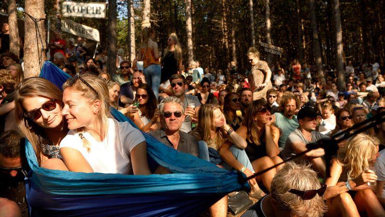 Het optreden van de Noor Erlend Øye klonk behalve weemoedig ook lief en broos. Beeld Harmen De Jong
