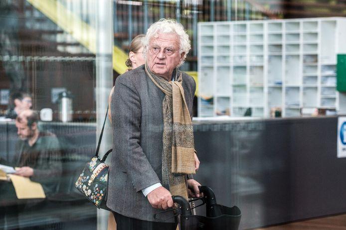 Uroloog Bo Coolsaet in het Antwerpse justitiepaleis.