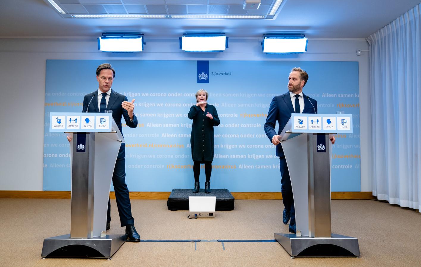 Mark Rutte en demissionair minister Hugo de Jonge.