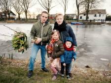 Medaille voor broers voor redden van kinderen in Nieuwer ter Aa