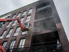 Eerste bewoners Eschtoren in Delden kunnen na zes weken eindelijk terug naar huis