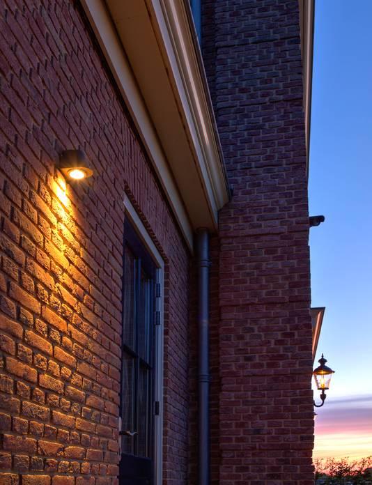 Gevelverlichting (downlighter).